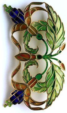 RENE BEAUCLAIR Attrib. Art Nouveau Fuchsia Brooch  Gilded silver Plique-à-jour enamel H: 4.5 cm (1.77 in)  W: 8.5 cm (3.35 in)  French, c.1900