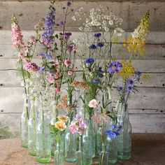 Blumentopf Ideen I personally love picking flowers in my house . Photo published by Traumhaus on Sp Wild Flower Arrangements, Spring Wedding Centerpieces, Wildflower Centerpieces, Deco Champetre, Deco Nature, Deco Floral, Vintage Bottles, Antique Bottles, Wedding Table