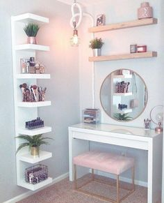 8 Effortless DIY Ideas To Organize Makeup According To Your .- 8 Effortless DIY Ideas To Organize Makeup According To Your Personality Type. M… 8 Effortless DIY Ideas To Organize Makeup According To Your Personality Type. Room Ideas Bedroom, Home Bedroom, Tween Room Ideas, Small Bedroom Ideas For Teens, Ikea Room Ideas, Small Bedroom Hacks, Bedroom Storage For Small Rooms, Master Bedroom, Tiny Spare Room Ideas