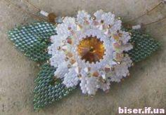 лепестки из бисера, мастер класс по плетению бисером, как плести из бисера цветы, оплетение риволи