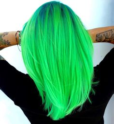 is the artist… Pulp Riot is the paint. is the artist… Pulp Riot is the paint. Neon Green Hair, Green Hair Colors, Neon Hair, Hair Dye Colors, Ombre Green, Pulp Riot Hair Color, Vivid Hair Color, Pelo Color Azul, Bright Hair