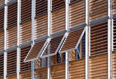 Chroniques d'Architecture | Gilles Perraudin à Voiron : chassez le naturel, il revient au galop