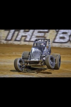 Landon Simon in the MtBakerVapor.com Sprint Car. Photo taken at Lawrenceburg Speedway Indiana