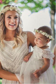 Stunning Pnina Wedding Dresses Lace Ideas - All For New Hairstyles Pnina Wedding Dresses, Bohemian Wedding Dresses, Boho Wedding, Dream Wedding, Boho Bride, Wedding Engagement, Flower Girls, Flower Girl Dresses, Flower Crowns