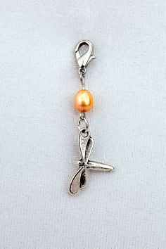 Beaded pendant metal pendant dragon fly by MoniceBoutique on Etsy, €5.50