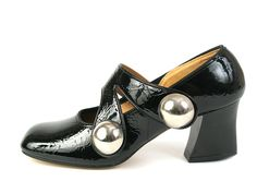 Black Patent Leather Pumps With Decorative Double Cross Strap and Two Large Semi-Spheric Buttons 1960s