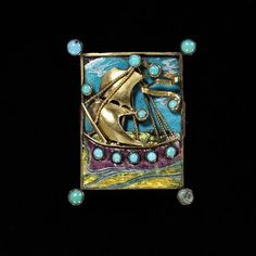 Arts and Crafts Plique-à-Jour Enamel, Turquoise, and Gold Viking Ship Brooch by Charles Robert Ashbee, England Summer Arts And Crafts, Arts And Crafts For Adults, Arts And Crafts House, Easy Arts And Crafts, Arts And Crafts Projects, Jewelry Crafts, Jewelry Art, Antique Jewelry, Enamel Jewelry