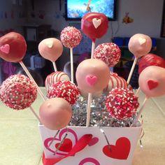 Valentines CakePops.