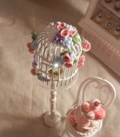 Dollhouse Minature - Shabby Chic Working Birdcage Standing Floor Lamp - 1/12th Scale