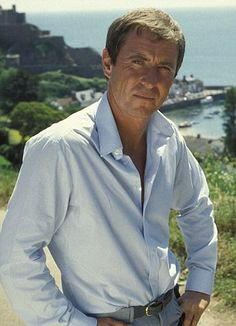 John Nettles in 'Bergerac'. Old Tv Shows, Movies And Tv Shows, Detective, Classic Campers, Amy Tan, Midsomer Murders, Actor John, Film Serie, Agatha Christie