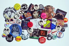 Buttons & Badges- I remember having these all over my stonewashed jean jacket LOL Graffiti Games, Big Hair Bands, Inside My Bag, 80s Theme, Cool Pins, Button Badge, When I Grow Up, Pin And Patches, Memory Books