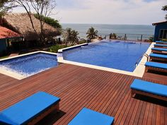 KAYU Batu (Red Balau) decking performs nicely in all weather conditions, including hot and tropical.