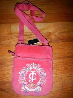 New JUICY COUTURE Floral Cross Body Swing Pack Pink Velour Crown Logo Purse #JuicyCouture #MessengerCrossBody