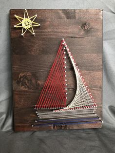 Items similar to Sailboat String Art on Etsy - Malen Ideen Colorful Pictures, Art Pictures, Dream Catcher For Kids, Dream Catchers, String Art Diy, Diy And Crafts, Arts And Crafts, Wood Nails, Jar Art