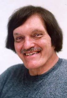 Richard Dawson Kiel (September 1939 – September age was an American actor, voice artist, and comedian, best known for his role as Jaws in the James Bond franchise. He towered Cause of death: heart attack. Richard Kiel, Richard Dawson, Spy Who Loved Me, Kino Film, James Bond Movies, Thanks For The Memories, Actrices Hollywood, People Of Interest, Saints