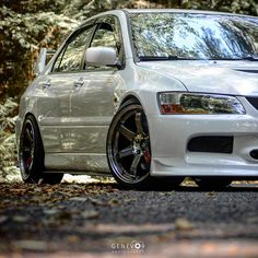 Evo 9, Mitsubishi Motors, Mitsubishi Lancer Evolution, Fall Is Here, Nsx, Love Car, Car Tuning, Jdm Cars, Dream Cars