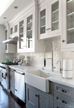 Awesome Rustic Farmhouse Kitchen Cabinets Décor Ideas Of Your Dreams (111)