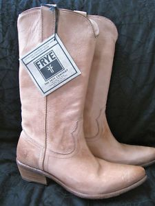 #Frye cowboy style pull-on boots in tan