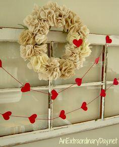 Vintage Window Decor for Valentine's Day - 30 DIY Valentine Decoration Ideas Saint Valentine, Valentine Day Love, Valentine Day Crafts, Vintage Valentines, Holiday Crafts, Valentines Dresses, Valentine Wreath, Menu Saint Valentin, Valentines Bricolage