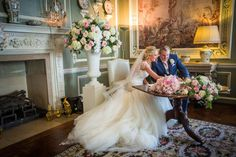 Top flower trends for 2017 winter weddings by Leeds Castle florist, Louise Roots | Pink and white rose floral arrangements | bridemagazine.co.uk
