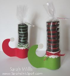 by willsygirl - Cards and Paper Crafts at Splitcoaststampers Photo Details Poster: willsygirl CUTE Elf Shoe treat that contains a stack of oreo cookies in a seasonal color - I LOVE how this looks li. Christmas Projects, Holiday Crafts, Holiday Fun, Christmas Paper Crafts, Noel Christmas, Christmas Goodies, Christmas Classroom Treats, Christmas Treat Bags, Christmas Party Favors