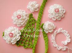 PINK ROSE CROCHET : Colar Flores Brancas com Folhinhas Crochet Necklace