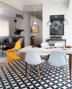 Ladrilhos: inspirações e dicas de manutenção Dining Room Inspiration, Home Decor Inspiration, Decor Interior Design, Interior Decorating, Creative Home, Creative Decor, Home Staging, Interiores Design, Decoration