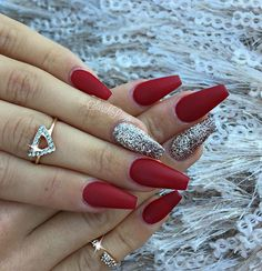 """this red tho  it's from @glamandglitsnails called """"Ruby""""  to get this red ➡️www.glamandglits.com⬅️and use the search button. @kiaraskynails  #glamandglits #vegas_nay @glitter_heaven_australia in """"champagne gold"""" my fav"""