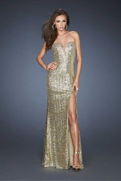 Deep-V Sequined High Front Slit La Femme 18350 Gold Homecoming Dresses