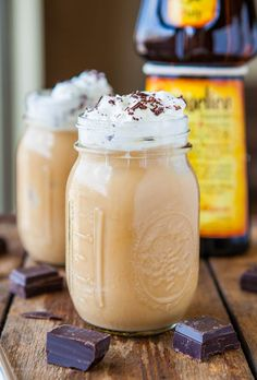 Creamy Boozy Iced Coffee (vegan, GF) - Refreshing, creamy & make in 1 minute for those times when you need your fix fast! averiecooks.com