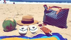 get trendy; renata ferraz; fashion looks; street style; sao paulo; bloggers; brazilian fashion; havaianas; moschino; forever 21; moschino; agua de coco, coconut water; rio de janeiro; beach days; beach life; carioca; ipanema; leblon