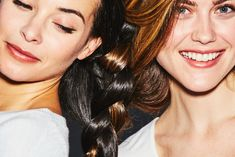 Nutrafol Core for Women increases hair growth, hair quality, and overall health. Learn more about the benefits that Nutrafol women see. Grow Thicker Hair, How To Grow Your Hair Faster, New Hair Growth, Healthy Hair Growth, Increase Hair Growth, Extreme Hair, Fast Hairstyles, Stop Hair Loss, Hair Quality
