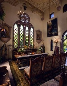 Chapel at this hacienda home.... love this....
