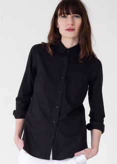 This fine woven handcrafted button up shirt has a classic refined and tailored menswear style for women. By Kardo exclusively for Wildfang. Wedding Wear, Wedding Suits, Wedding Dresses, Black Button Up Shirt, Button Up Shirts, Androgynous Fashion, Oxford Fabric, Classic Looks, Capsule Wardrobe