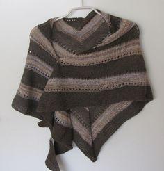 mooi sjaal omslagdoek gebreide  bruine tinten