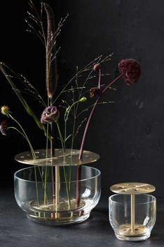 Fritz Hansen, Exotic Flowers, Purple Flowers, Rare Flowers, Peonies Garden, Flowers Garden, Modern Flower Arrangements, Ikebana Flower Arrangement, Yellow Roses