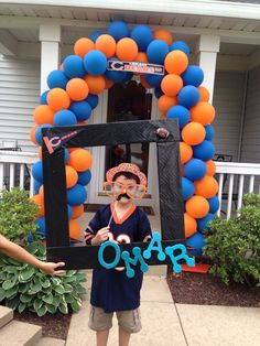 1000 images about bears on pinterest chicago bears for Balloon decoration chicago
