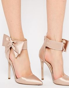 ASOS PICTURE-PERFECT Pointed High Heels - Picture perfect indeed - check out the chanpgne satin upper and the bow! Very 50s! Love them <3