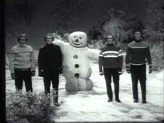 "The Blenders - ""Dancing Snowmen"" (1966) ~ Classic Christmas music"