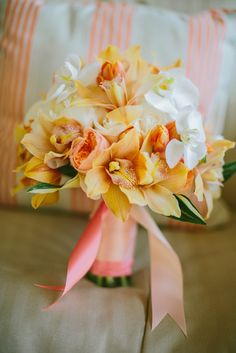 We just adore this sweet Hawaii-inspired bouquet from a lovely bride at a recent Plantation Gardens wedding