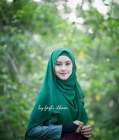 Emerald green  @pictures_of_ilham