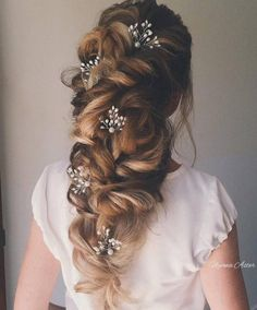 Ulyana Aster Romantic Long Bridal Wedding Hairstyles_03 ❤ See more: http://www.deerpearlflowers.com/romantic-bridal-wedding-hairstyles/2/