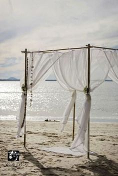 coastal1.jpg    via lovebird weddings