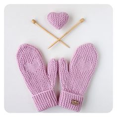 Are you preparing for St. Valentine's Day yet? Heart mittens are already in my