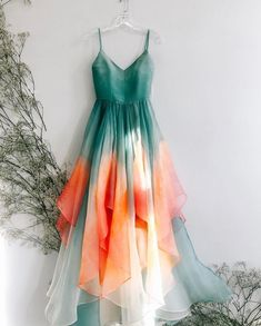 5 Chic Tie-Dye Outfits For Spring-Summer 2019 That You Can Buy Right Now - ~ Indo Western glam. ✨ Informations About 5 Chic Tie-Dye - Tie Dye Outfits, Dress Outfits, Fashion Dresses, Dress Up, Dress Long, Chic Outfits, Easy Outfits, Girl Outfits, Summer Outfits