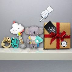 Just Toys, Baby and Toddler Gift Hamper makes the perfect new baby gift UK #babyhamper #babygifthamper #newbabygift #babygiftuk #babygiftbasket #babygift box #newborngift Unisex Baby Gifts, Newborn Baby Gifts, Toddler Gifts, Baby Girl Gifts, New Baby Gifts, Baby Girl Presents, Baby Shower Presents, Baby Shower Gifts, Baby Boy Gift Baskets