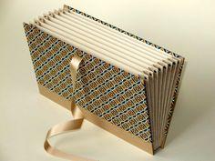 Portfolio bag 27x16cm  cover Italian Paper CARTA by buchundbox