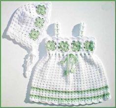 en moda anlatımlı bebek örgü elbise bere yapımı görseller