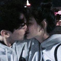 «couple, asian, and ulzzang Cute Relationship Goals, Cute Relationships, Cute Couples Goals, Couple Goals, Cute Korean, Korean Girl, Cute Couple Pictures, Couple Photos, Couple Ulzzang