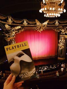 Phantom of the Opera on Broadway, New York Broadway Nyc, Broadway Shows, Broadway Wedding, Musicals Broadway, Theatre Nerds, Music Theater, Teen Wall Art, Music Of The Night, Washington Square Park